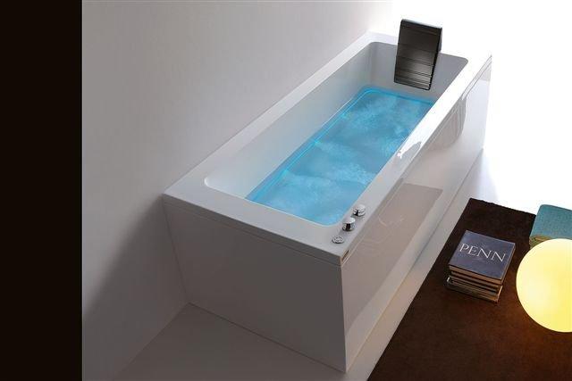 Vasche Da Bagno Angolari Treesse : Vasca da bagno idromassaggio treesse alba casaomnia
